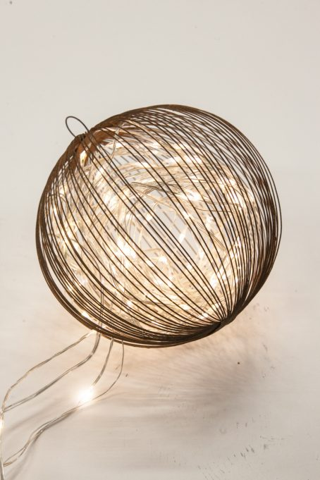 Decoration ball (D = 15 cm)